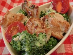 ノンストップ!の鶏肉とブロッコリーのニンニクマヨサラダ