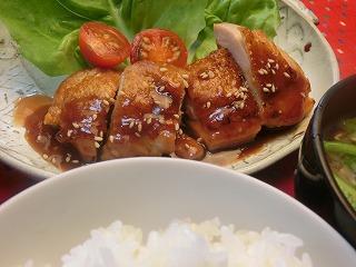 モモ 料理 鶏